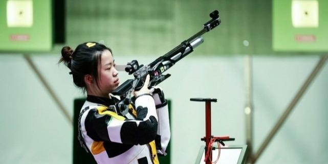奇迹!21岁杨倩仅用2场国际赛便在奥运夺金 清华官方道贺