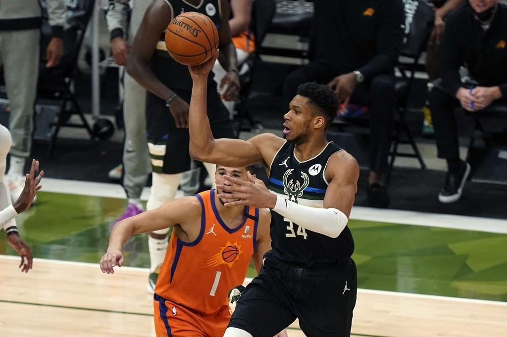 雄鹿4-2战胜太阳夺得NBA总冠军 字母哥狂砍50分