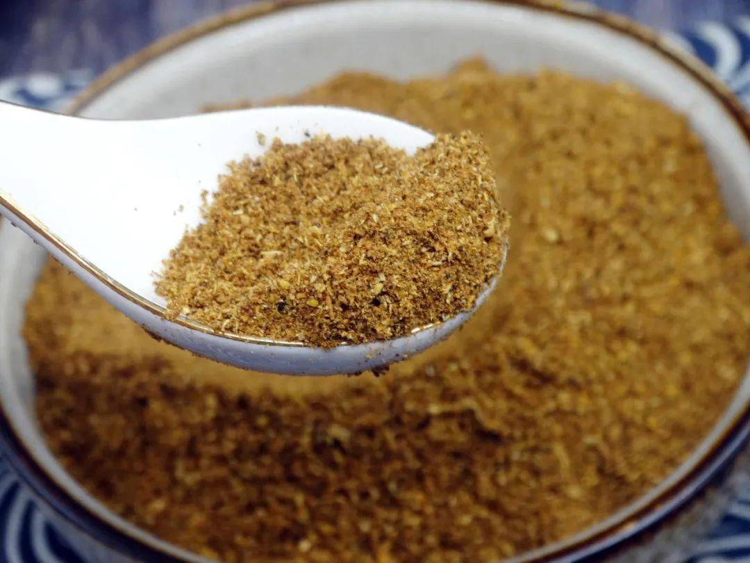 ▲ 椒盐是南北通行的经典干碟蘸料。图/视觉中国