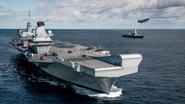 英國國防大臣在日本宣布:將在亞洲永久部署兩艘軍艦