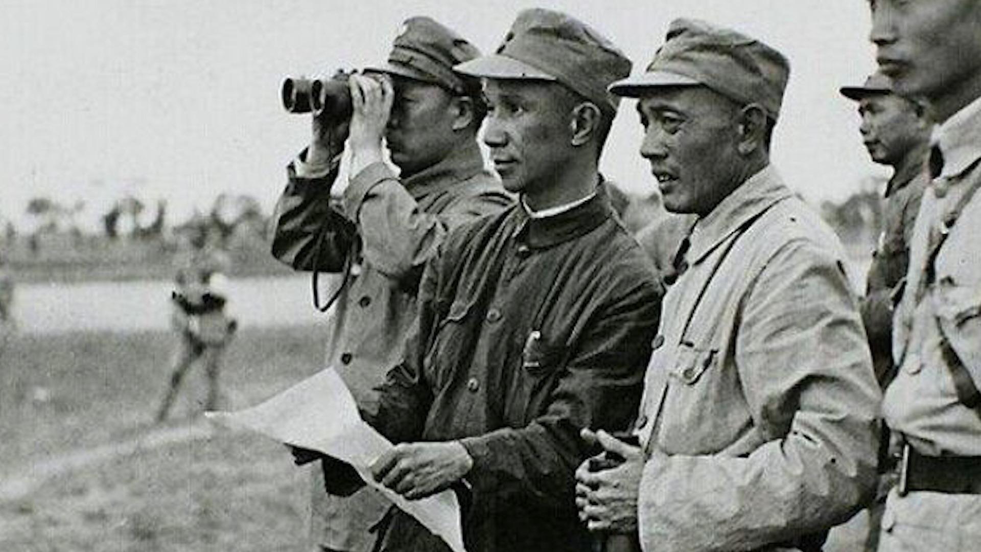 """""""战神""""粟裕:毛主席麾下得力干将,晚年讲述淮海战役实况"""