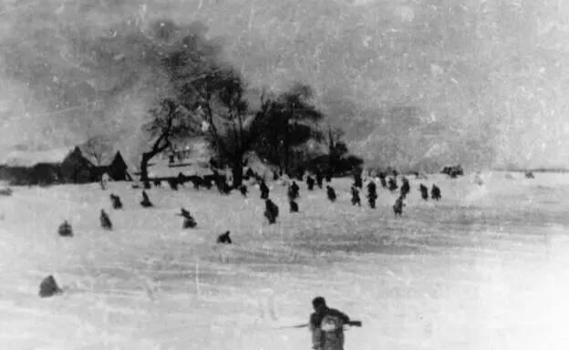 上图_ 苏芬战争,一般指冬季战争(苏联与芬兰于第二次世界大战期间爆发的战争)