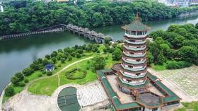 7月19日,航拍湖南烈士公园潇湘阁。图/记者张云峰