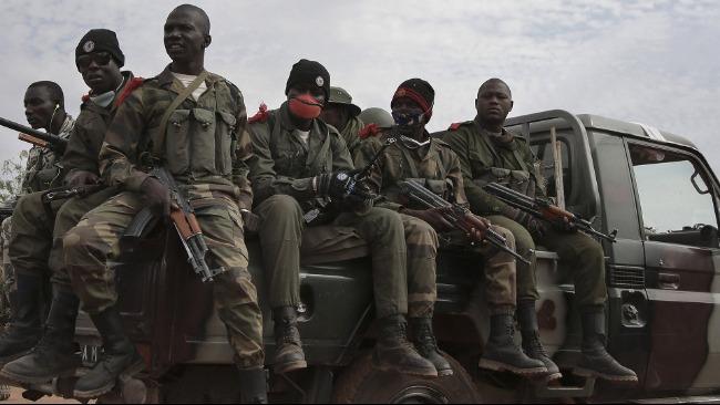 资料图:马里士兵正在巡逻