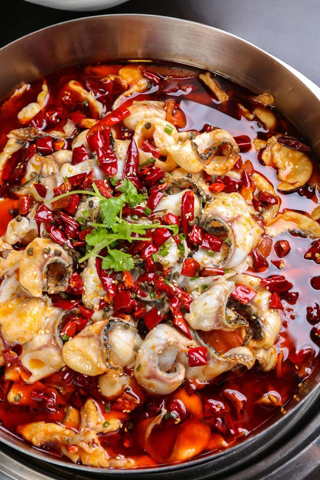 ▲ 水煮鱼要的就是这个红火狂放劲儿!图/视觉中国
