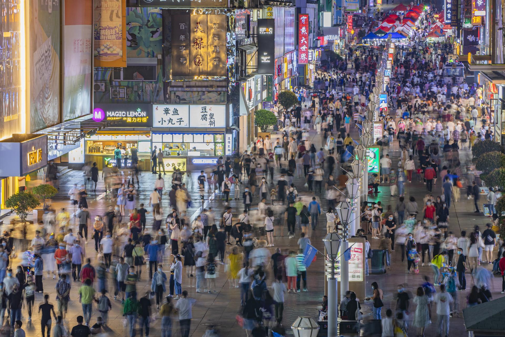 日接待30余万人次 市北区特色街区人气持续攀升