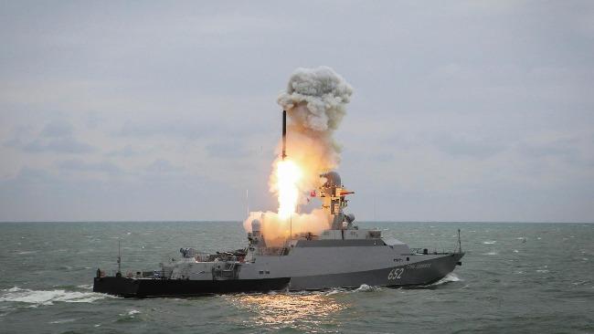 """俄羅斯在北極地區試射""""鋯石""""高超音速導彈"""