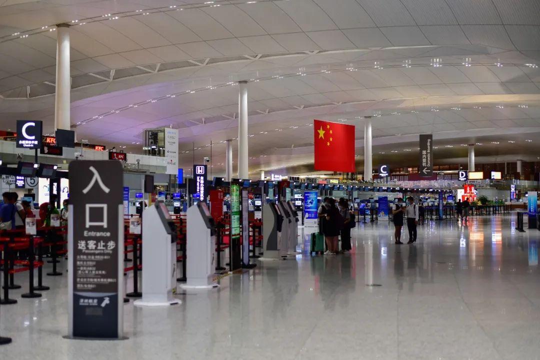 南京机场疫情已溢出6省 机场保洁其实早已外包