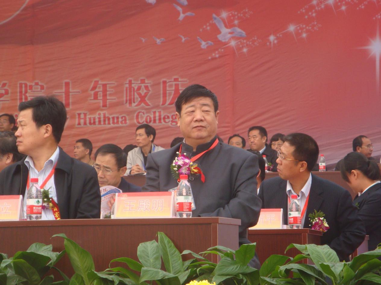 """王殿明:退休后二次创业 用传统文化守望""""乡愁"""""""