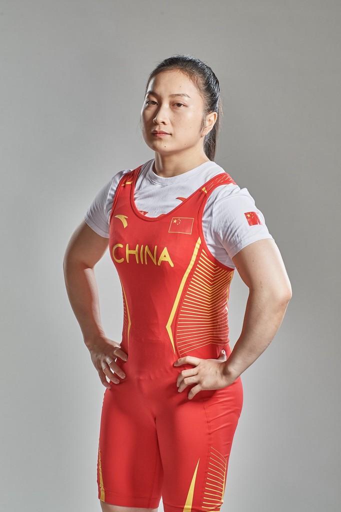只差1公斤!中国举重女将无缘金牌 泪洒赛场