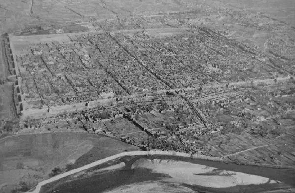 △ 1930年的洛阳城,当时城内人数不足25000人。