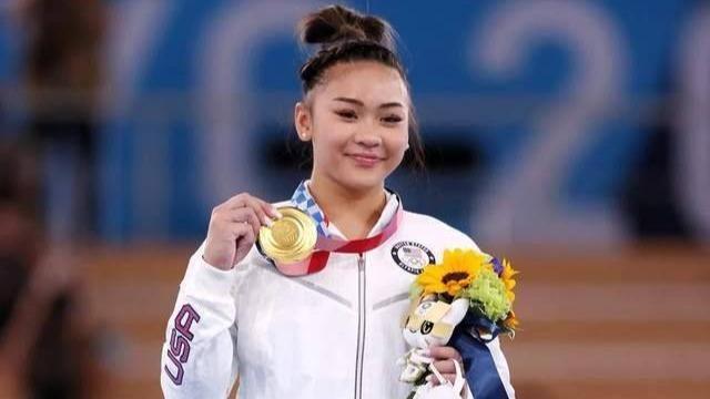 從美國最邊緣化的苗裔到奧運冠軍 她會成為下一個拜爾斯么?