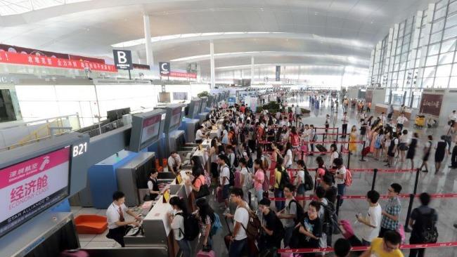 南京祿口機場確診保潔員:境內外機艙清潔工具混用 7月13日就有同事咳嗽