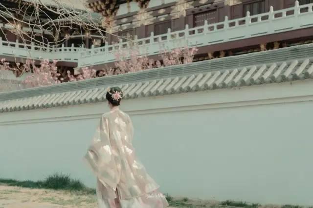 △ 九洲池,重现了洛阳的绮丽。供图/茱妮