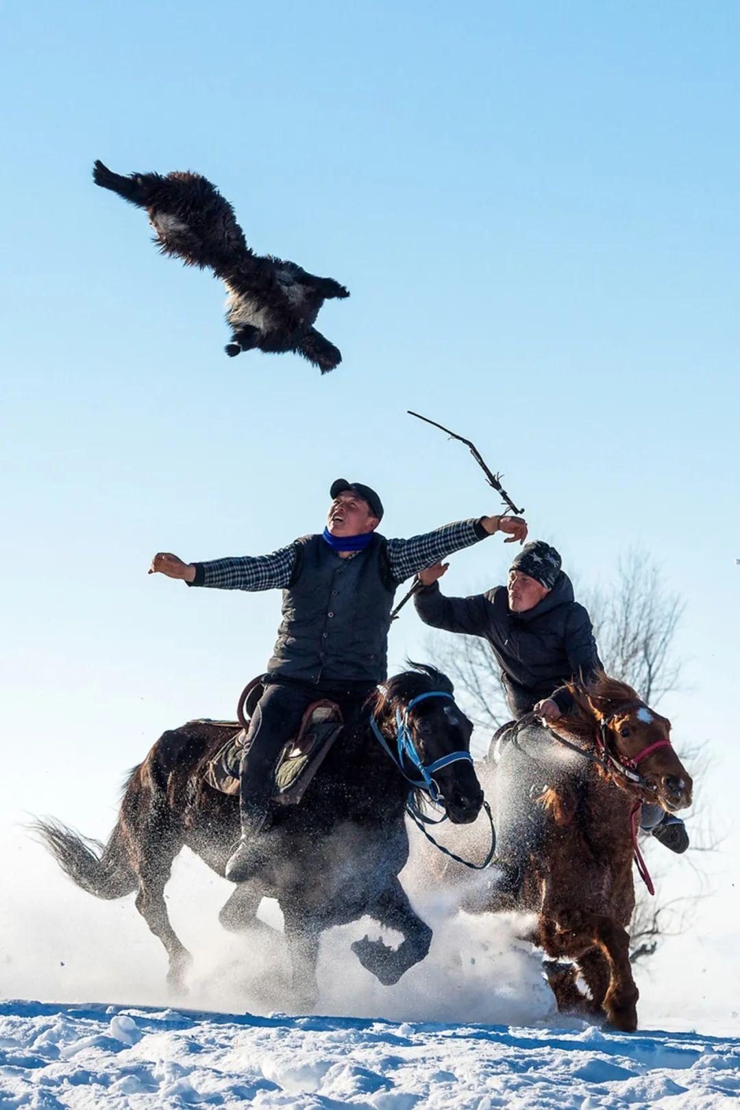 ▲ 叼羊运动。摄影/赖宇宁