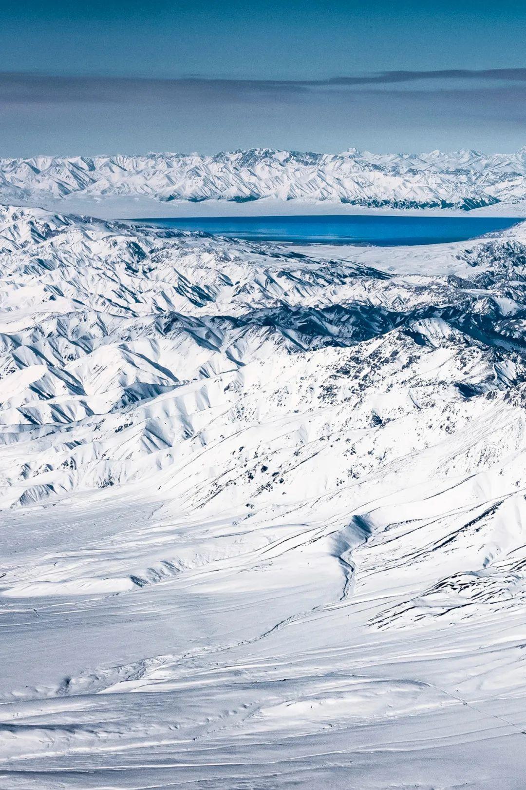 ▲ 大西洋的最后一滴眼泪——赛里木湖。摄影/傅鼎