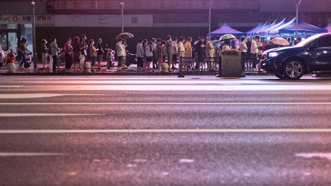 近200例感染者,傳播鏈蔓延6省13市,南京疫情何以至此?