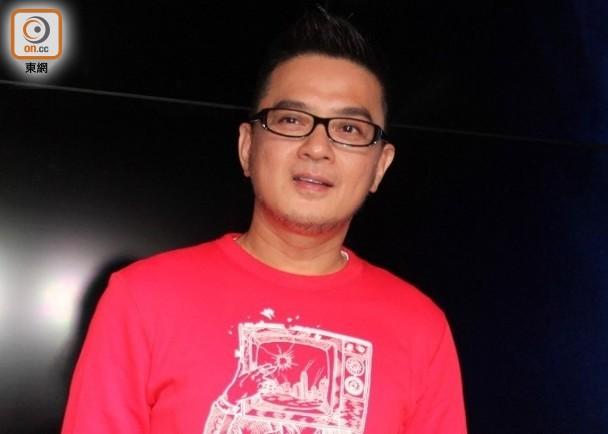 港媒:消息稱香港歌手黃耀明今早被廉政公署拘捕