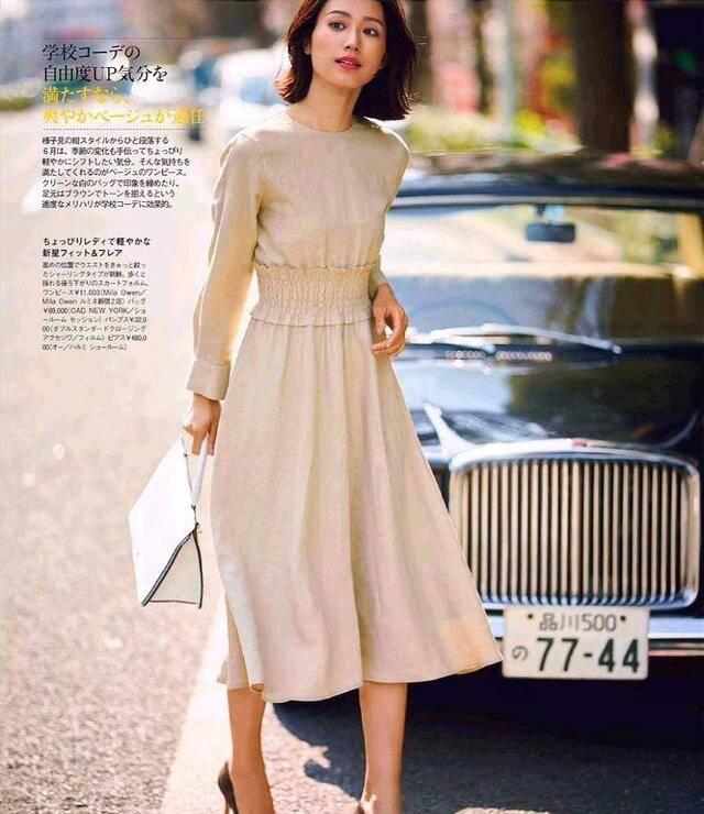 夏天试试优雅又显身材的连衣裙,轻松打造气质美感!