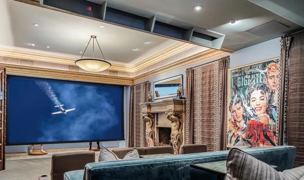 好莱坞史泰龙卖自住豪宅半年无人问津,降价1.6亿