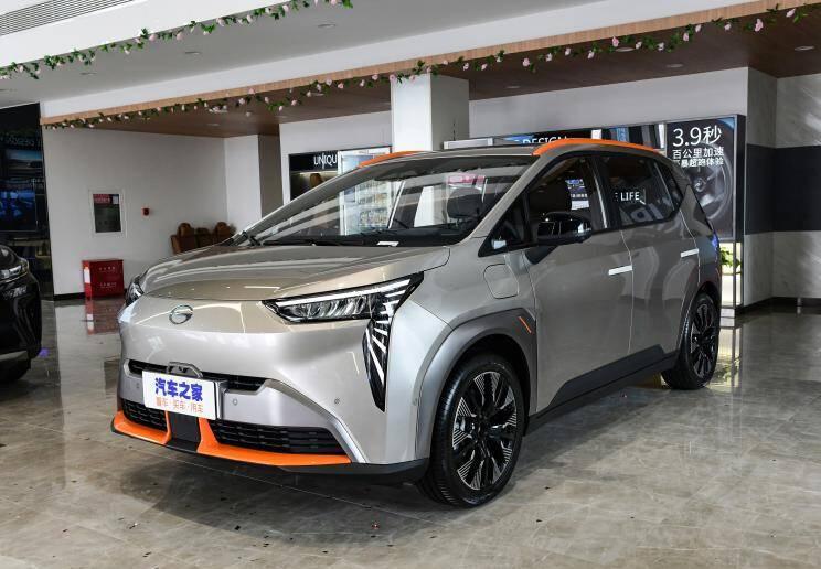 广汽埃安 AION Y 2021款 70 悦享科技版
