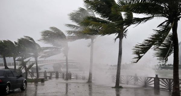 广东逾30地台风预警生效 全省海上渔船全部回港避风