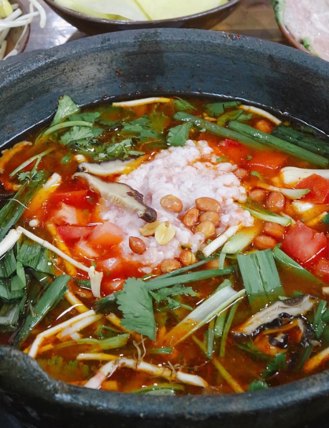 高铁29min 找到贵州最好吃的小吃王国