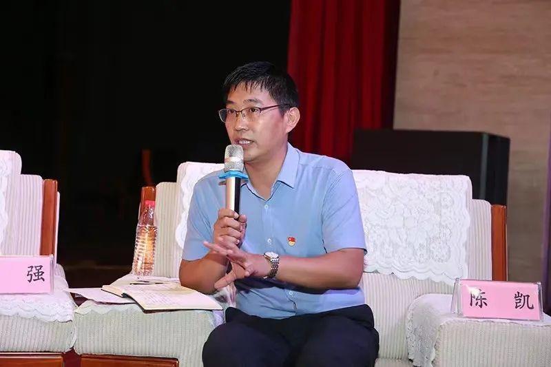 特邀嘉宾:省教育厅思政处处长陈凯