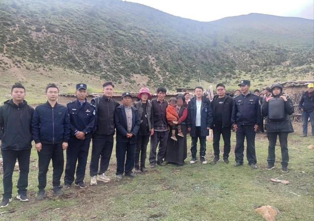 西藏3岁儿童失联36小时后现身山顶 疑被豹子叼走