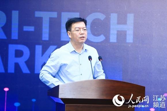 建邺区委书记、区长李晖致辞 兴隆街道供图