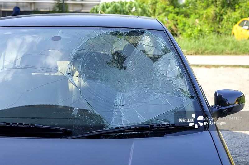 """汽车,坏掉的,挡风玻璃,玻璃,不幸创æ""""å›¾ç‰‡ç´ 材 - Moment"""