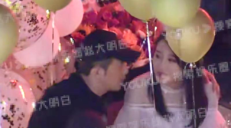 李泽锋妻子庆生画面曝光 夫妻俩一同招呼宾客甜美相符影