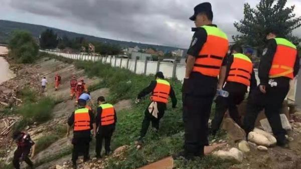 陕西蓝田3名通信设备维修员雨中失联
