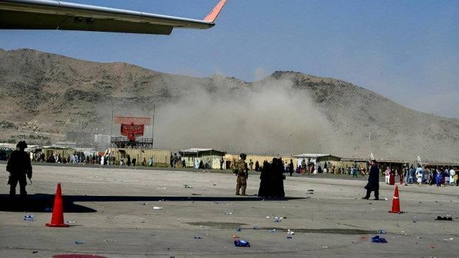 喀布爾機場爆炸致至少73人死亡 拜登:不會原諒