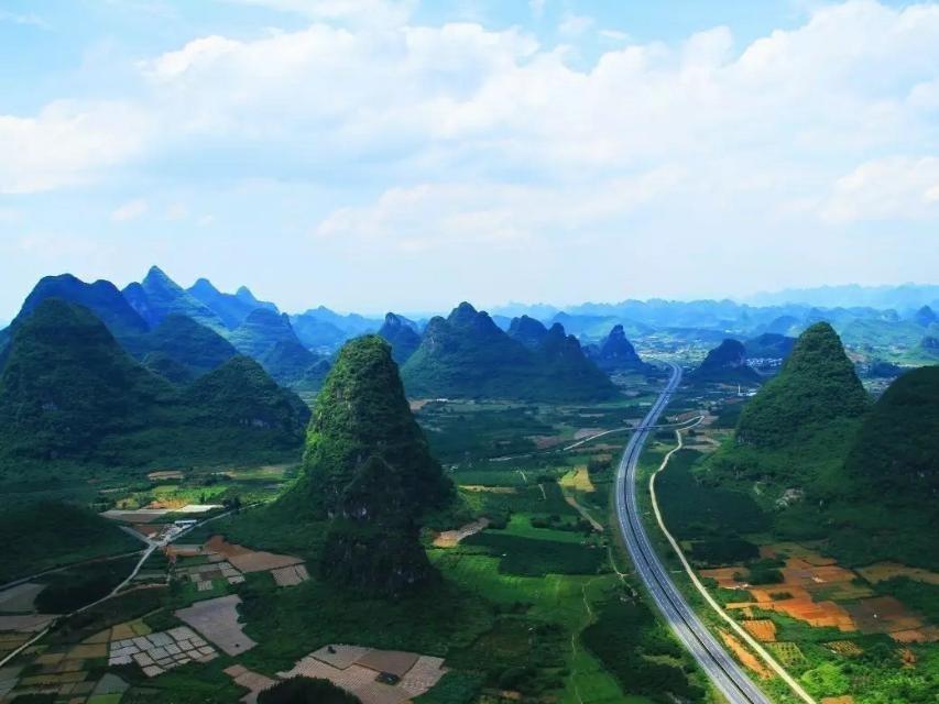 """倘若去广西养老,这个""""宝藏县""""不要错过,距桂林市大约65公里"""