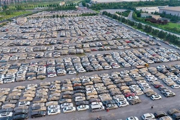 6個月的特斯拉僅7.5萬元!媒體曝鄭州水淹二手車