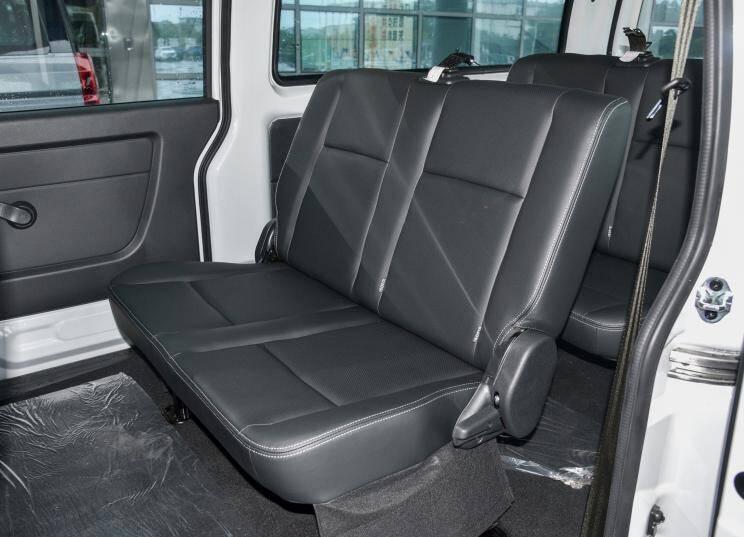 华晨鑫源 金海狮 2021款 1.5L 客车旅行狮 6座