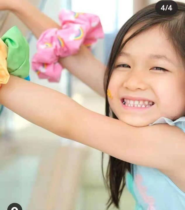钟嘉欣为5岁女儿庆生,素颜出镜略显憔悴,嫁大13岁老公甘当主妇