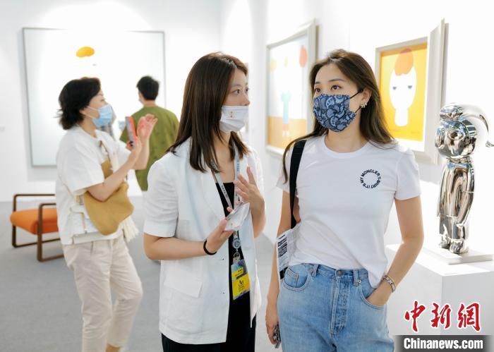 2021艺术深圳启幕汇聚72家品牌画廊及专业艺术机构
