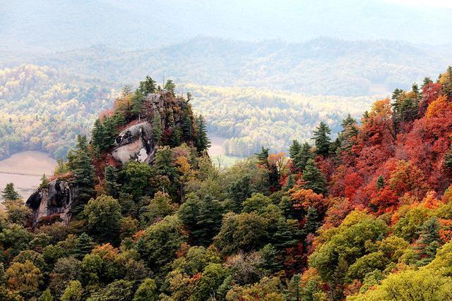伊春桃山悬羊峰国家地质公园