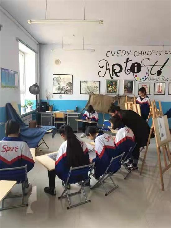 七台河市勃利县抢垦乡中学——陈晨