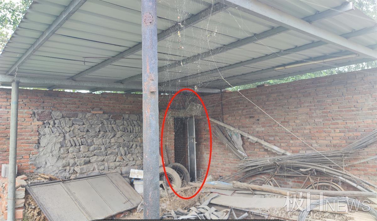 阳阳惨遭猥亵的厕所(记者葫芦岛拍摄)
