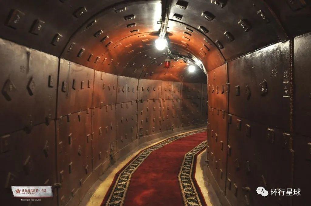 地堡中的通道