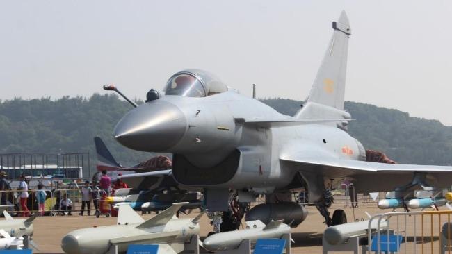 围绕航天、国防、军民两用 中国航展参展飞机将超100架