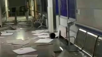 四川泸县地震致当地医院严重受灾:楼内天花板掉落一地