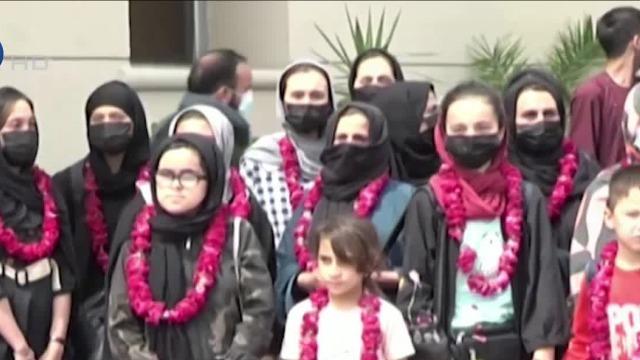 担心遭塔利班清算 阿富汗多名女足队员携家属出逃巴基斯坦