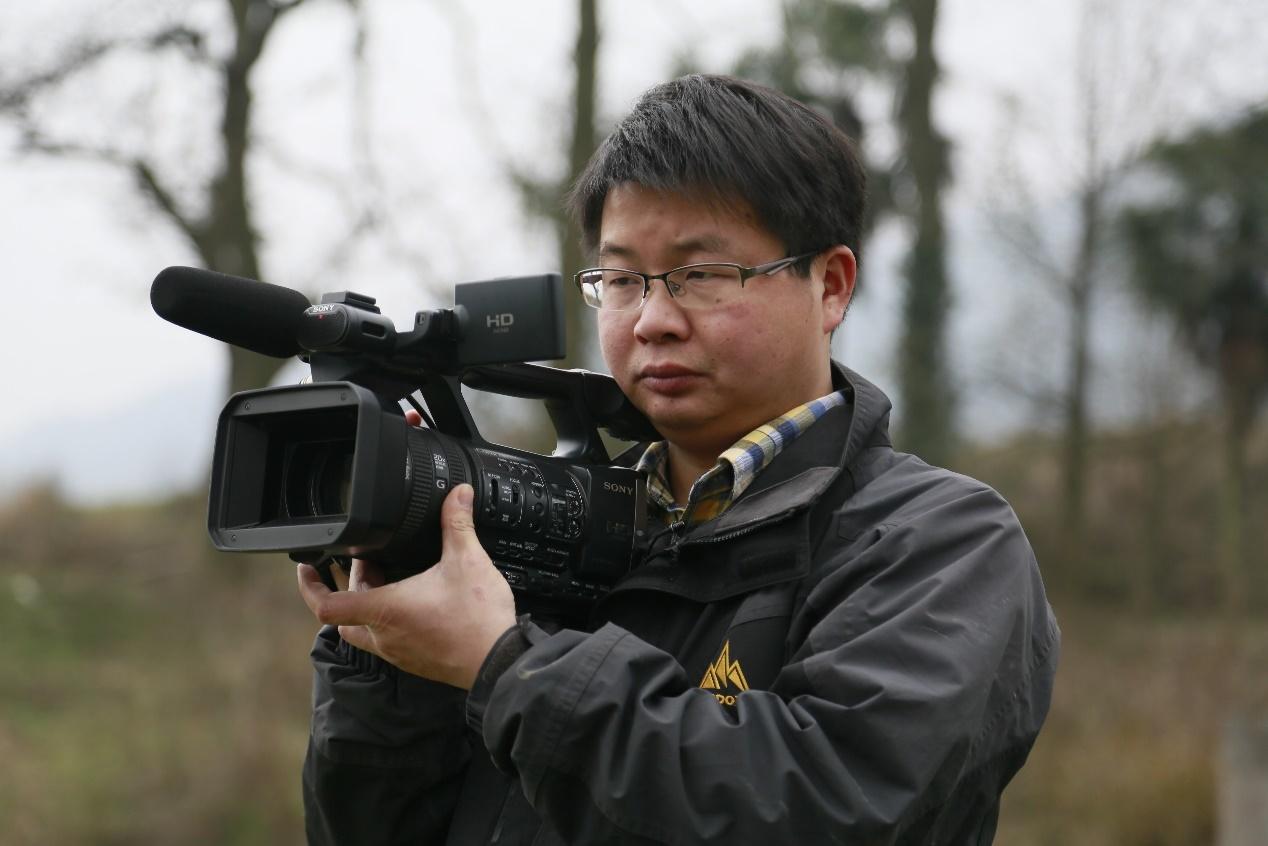 行動者蔣能杰:用鏡頭吶喊,為無法發聲的人發聲