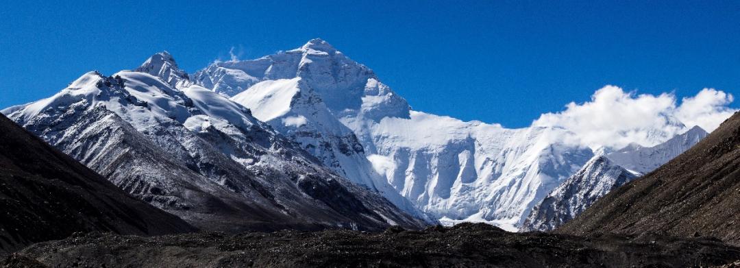 世界最高峰——珠穆朗玛峰