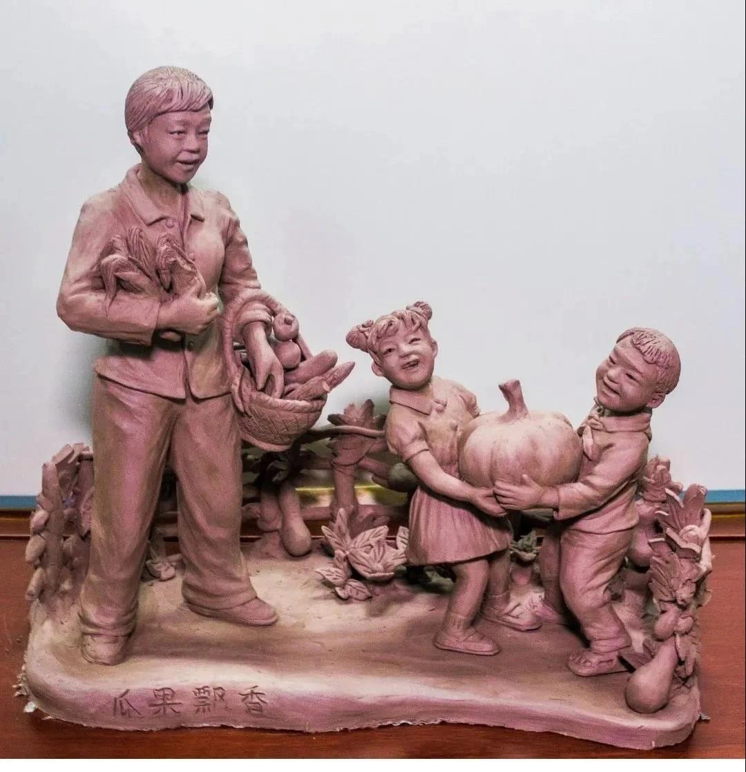 """""""何氏泥塑""""是池州市文化保护与传承的一个缩影。"""