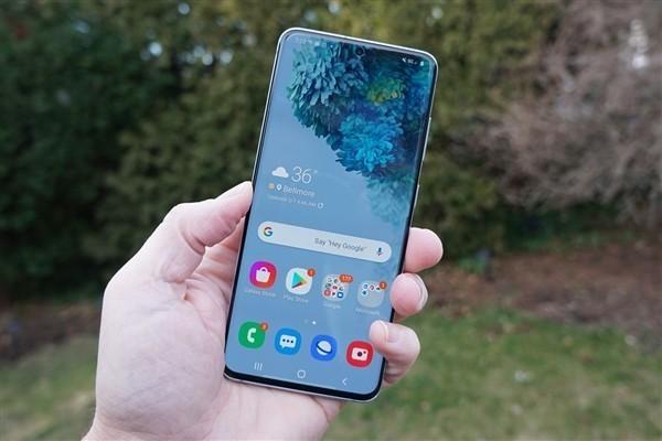 """是""""萝莉""""呀 三星Galaxy S22手机遭曝光:2022年初亮相"""